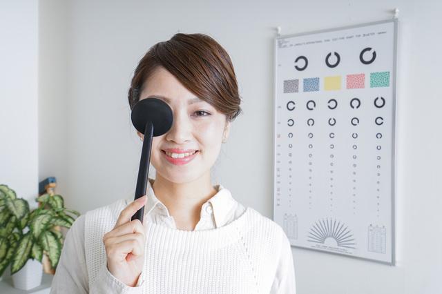 近視と遠視の仕組みや見え方の違いは?コンタクトの選び方についてもお話しします|コンタクト処方箋不要.net